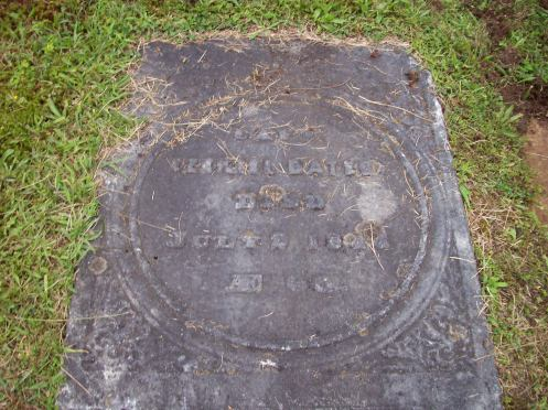 Ezekiel Bates' gravestone in the Pittsfield Cemetery.