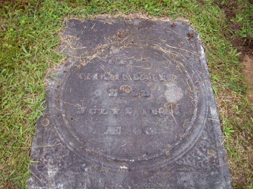 Ezekiel Bates' gravestone in the Pittsfield Cemetery.